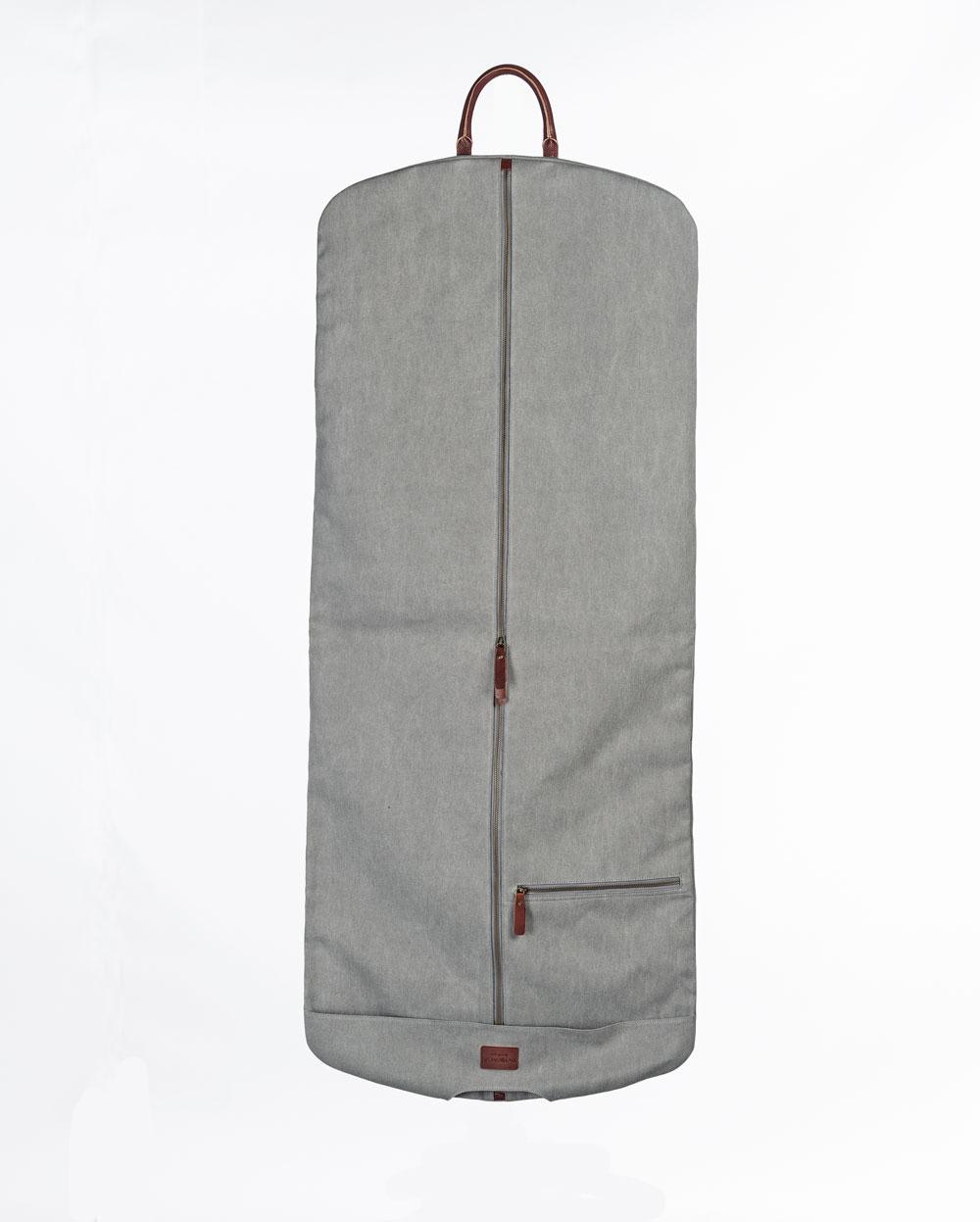 portatrajes gris claro desplegado bowaca