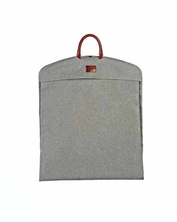 portatrajes gris claro eco doblado