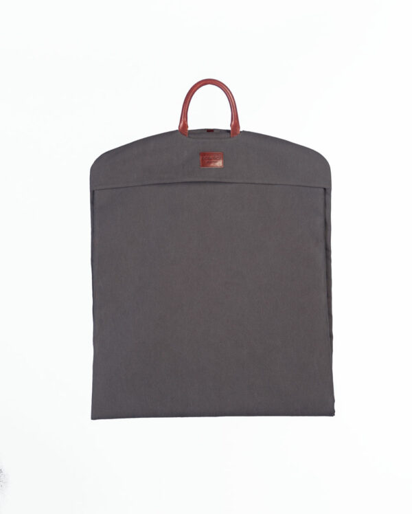 portatrajes gris eco largo doblado
