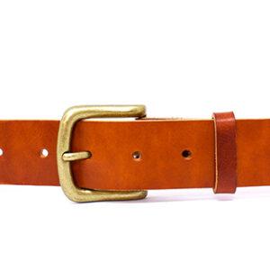 cinturon hebilla dorada cuadrada