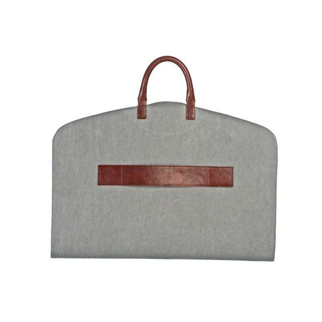 portatraje gris